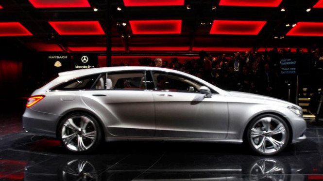 China Auto Show : Mercedes Benz  E-Class