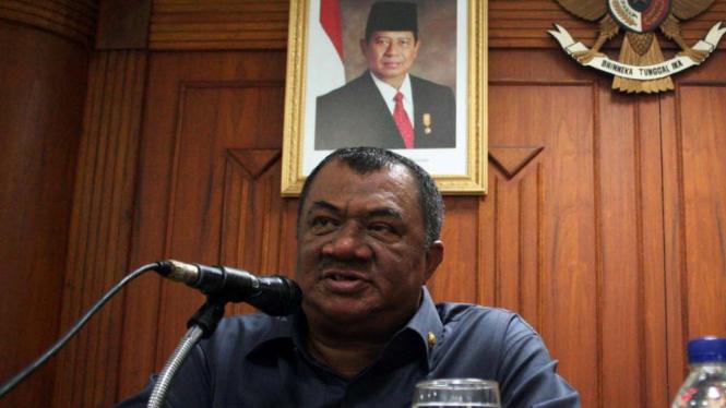 Gubernur Sumatera Utara Syamsul Arifin