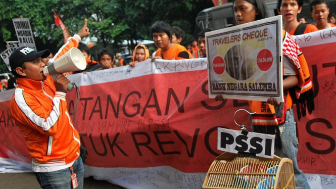 Jakmania Demo Di PSSI