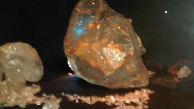 Harta karun batu permata milik keturunan Nabi Muhammad dari perairan Cirebon