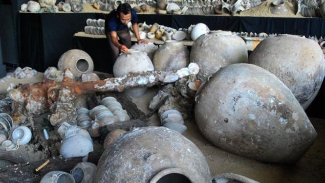 Harta Karun: Keramik