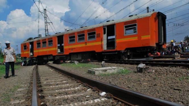 Kereta Anjlok