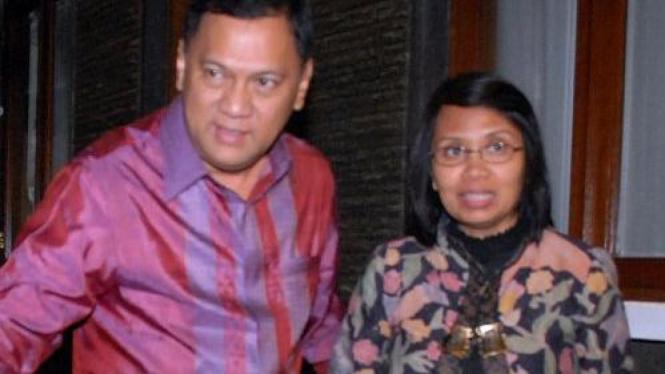 Agus Martowardojo dan Anny Ratnawati