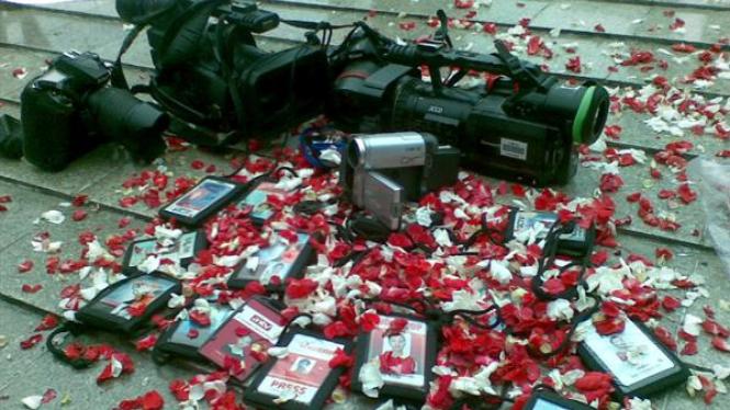Aksi keprihatinan wartawan atas aksi kekerasan