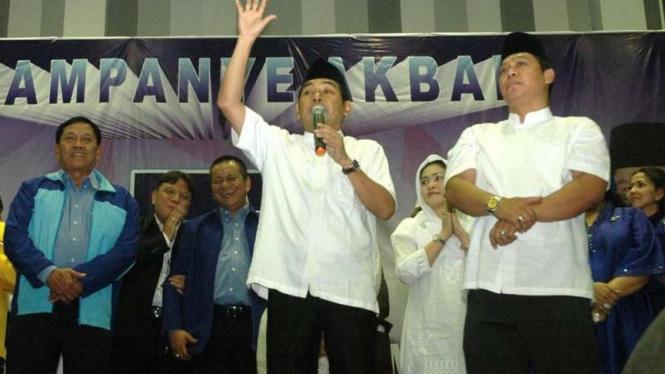 Arif Afandi-Adies Kadir kampanye di pilkada Kota Surabaya