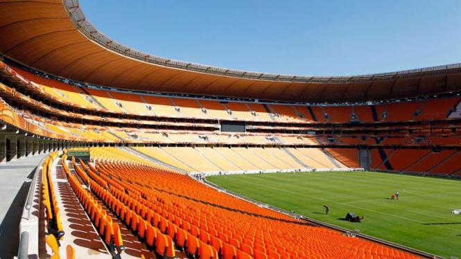 Persiapan Stadion Piala Dunia Afrika Selatan : Soccer City