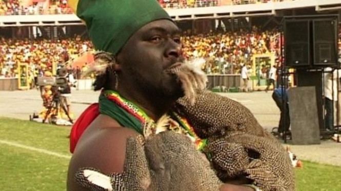 Voodoo Afrika di lapangan sepakbola