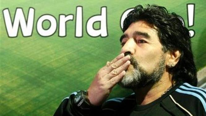 Diego Maradona, pelatih Argentina di Piala Dunia 2010