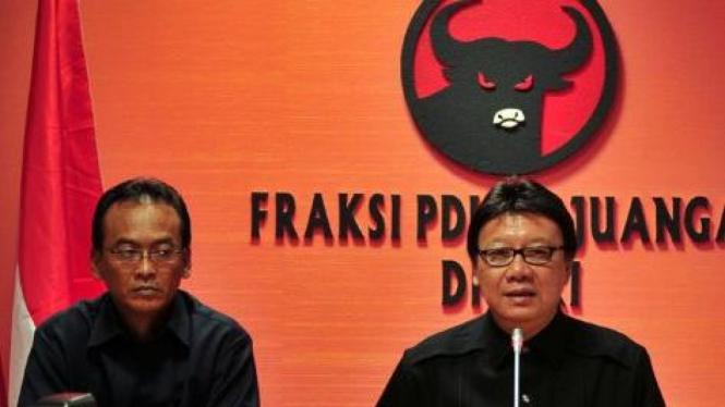 Politisi PDIP Tjahjo Kumolo dan Nusyirwan Sujono