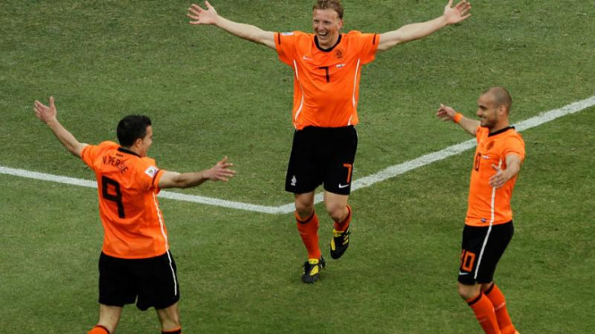 Pemain Belanda Melakukan Selebrasi