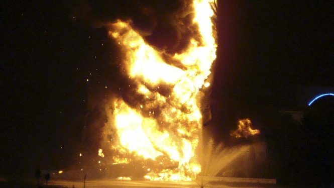 Patung Yesus terbakar di Ohio, AS