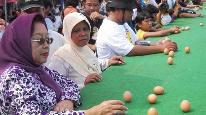 Telur dengan posisi berdiri