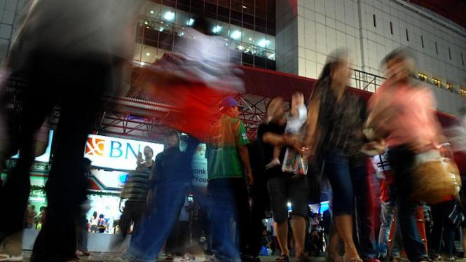 Pengunjung Pekan Raya Jakarta