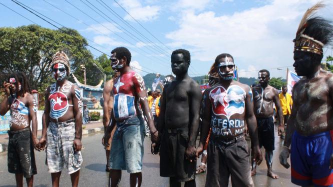 Demo Papua tuntut referendum