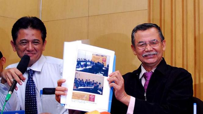 Bibit Samad Riyanto&Chandra M Hamzah