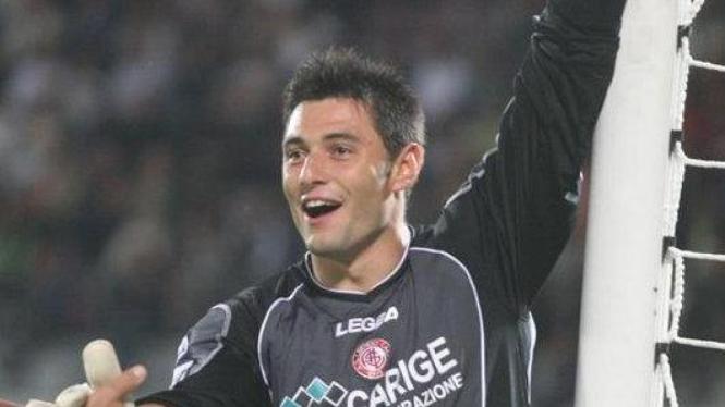 Marco Amelia, kiper pinjaman AC Milan