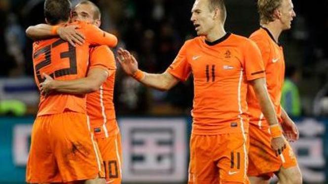 Kuartet Belanda: Van der Vaart, Sneijder, Robben & Kuyt
