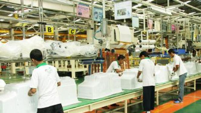 Pabrik kulkas LG di Tangerang