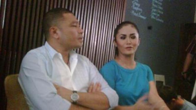 Krisdayanti & Raul Lemos