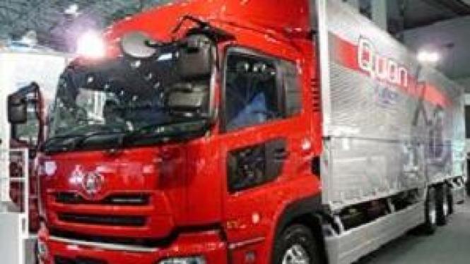 Nissan Diesel Quon saat dipamerkan di Jepang