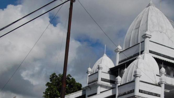 Masjid Ahmadiyah di Manislor, Kuningan