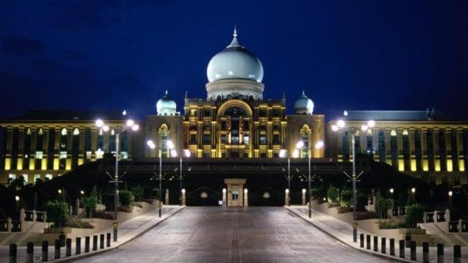 Putrajaya, pusat administrasi Malaysia yang baru.
