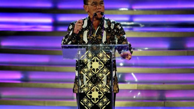 Penghargaan Achmad Bakrie 2010 : Aburizal Bakrie