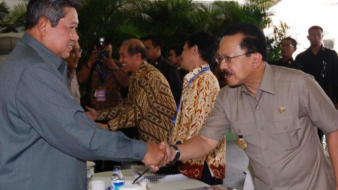 Presiden Susilo Bambang Yudhoyono dan Gubernur DKI Fauzi Bowo
