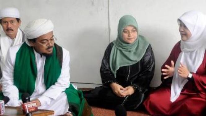 Fahira Idris berdialog dengan pemimpin FPI Habib Rizieq Syihab