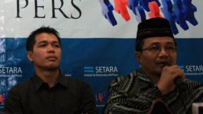 Pengurus Jamaah Ahmadiyah Indonesia Syafrullah Pontoh jumpa pers