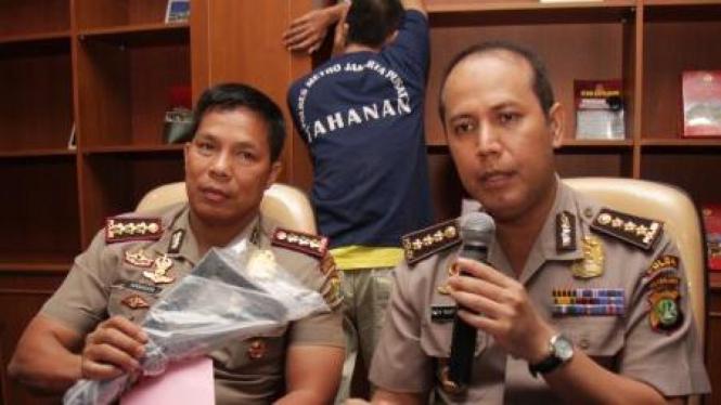 Boy Rafli Amar (kanan) dan Hamidin