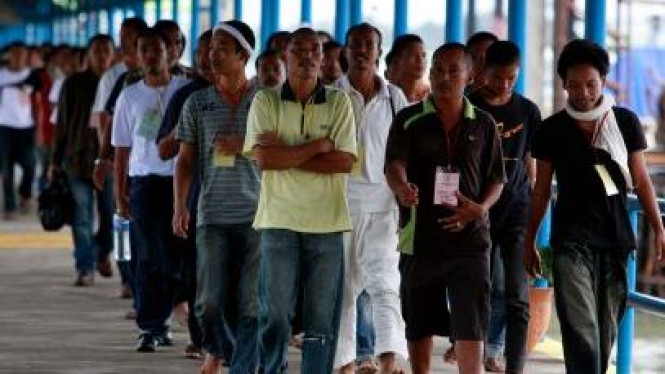 Ratusan TKI dideportasi Malaysia melalui pelabuhan Bintan