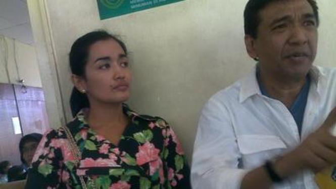 Imam S Arifin & Istri