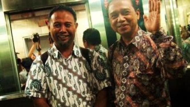Bambang Widjojanto (kiri) dan Busyro Muqoddas