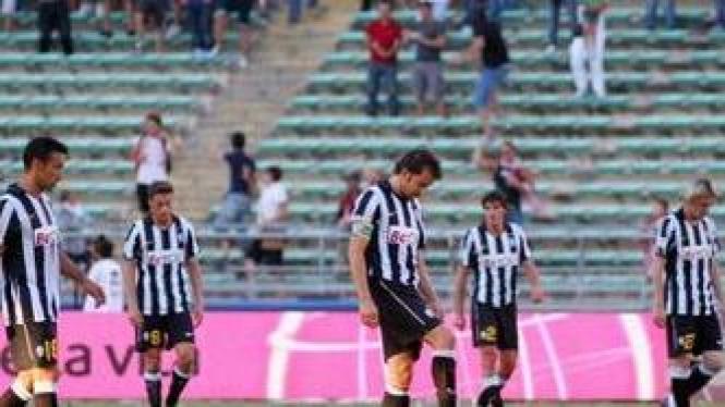 Pemain Juventus tertunduk lesu