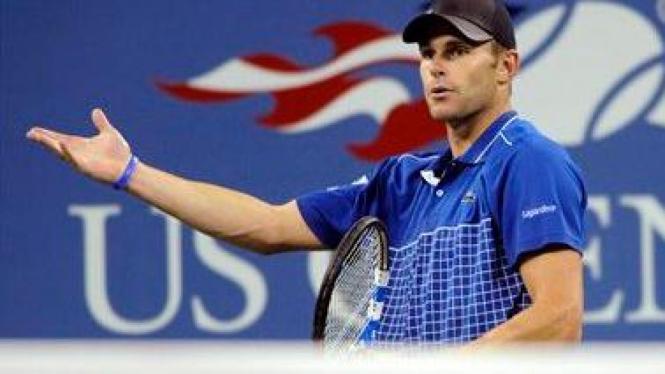 Andy Roddick lakukan protes