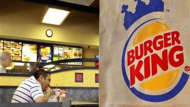 Suasana di restoran cepat saji Burger King di Amerika Serikat