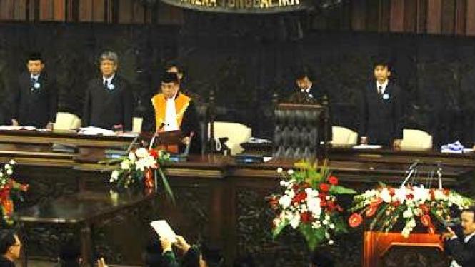 Anggota DPR dan DPD RI 2009-14 dilantik