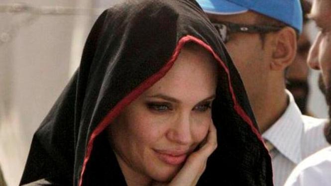 Angelina Jolie di Pakistan