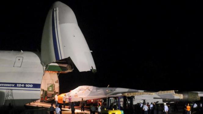 Pesawat Sukhoi Tiba di Lanud Sultan Hasanuddin Makassar
