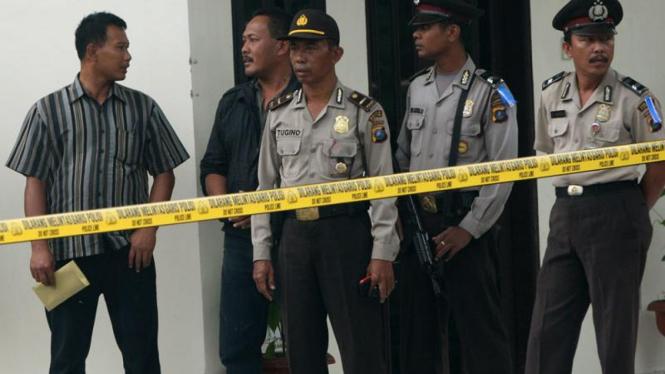 Kantor Polsek Hamparan Perak Diserang