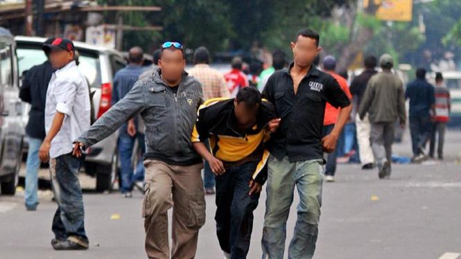 Korban bentrokan di Jalan Ampera Raya, Jakarta