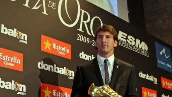 Lionel Messi mendapatkan penghargaan Golden Boot
