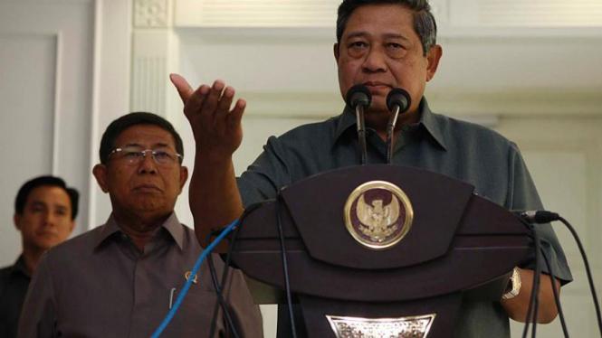 Presiden SBY menggelar konferensi pers.