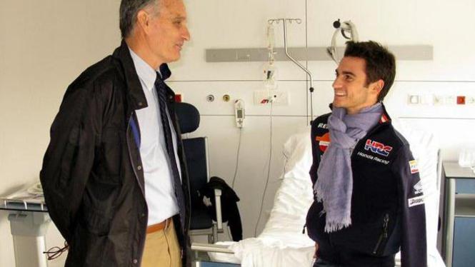 Pedrosa berbincang dengan Dr Mir