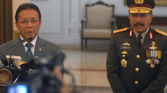 Menko Polhukum Djoko Suyanto dan Komjen Timur Pradopo