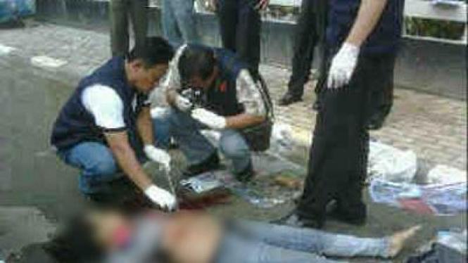 Korban tewas akibat loncat dari Apartemen Sudirman Park