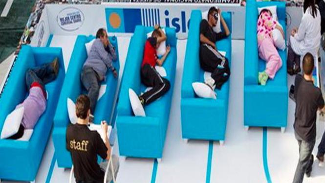 Suasana perlombaan tidur siang di Madrid, Spanyol