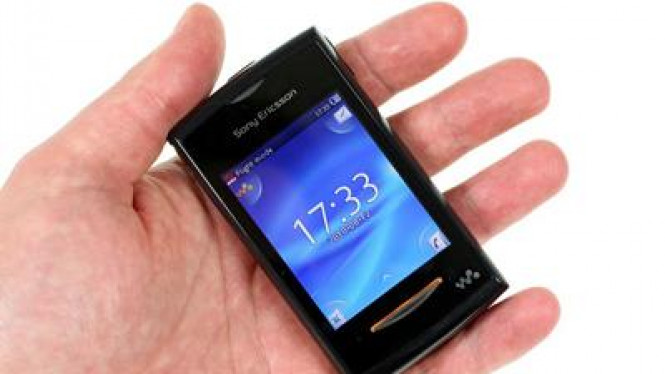 Sony Ericsson Yendo, ponsel Walkman layar sentuh pertama