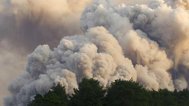Wedus Gembel saat letusan Gunung Merapi tahun 2006